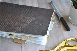 Typecast Notebook wPockets - potisk zlatý - 2