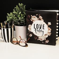 Memory Planner Love Today - Large - 3