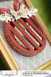 Tinsel  & Company Ornament - LINKY - 3