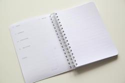 Cestovní deník – MONUMENTS (A6) - 4